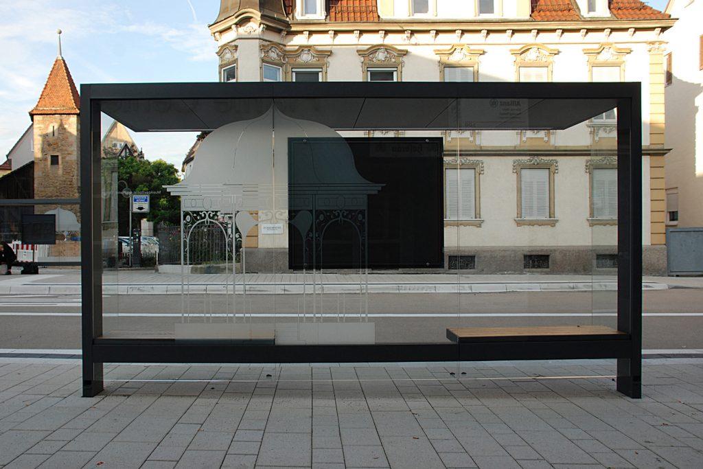 Glasgestaltung Bushaltestelle Musikpavillon Planie