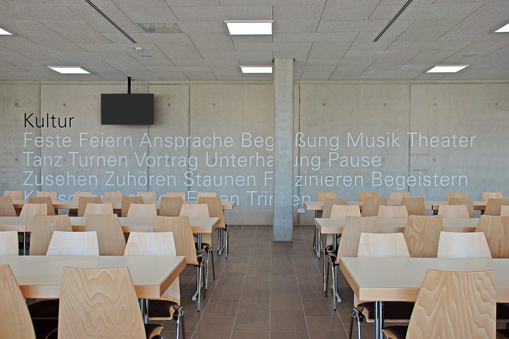 Leitsystem, Orientierungssystem, Bibrishalle Herbrechtingen